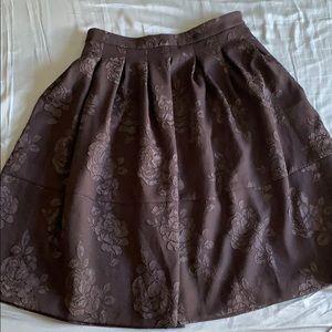 ELLE Midi A-Line Black Skirt. Size 6.